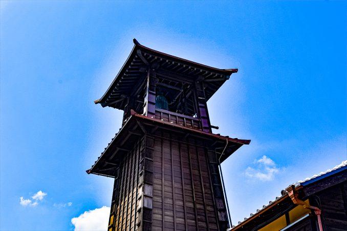 鐘つき堂は約400年前の創建で現在で四代目だそうです
