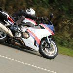 大人のスポーツ? 『VFR800F』はそんなに単純なバイクじゃない!【ホンダの道は一日にして成らず 第7回/Honda VFR800F 中編】
